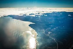 Vista aérea na chegada do Ushuaia com Cordilheira dos Andes ao fundo. FOTO: Jefferson Bernardes/ Agência Preview