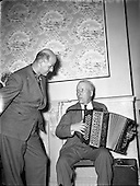 1954 Radio Review Special - Jimmy Shand, Scottish Ceili and Leader on a visit to Ireland