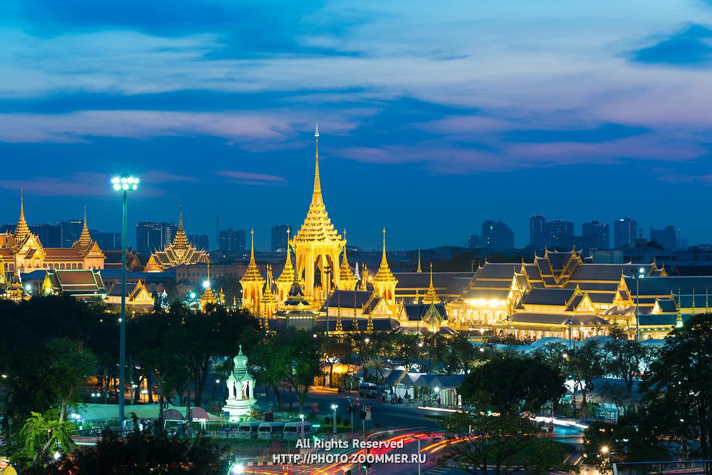 Bangkok panorama with Grand Palace and Sanam luang park at night