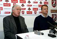 Photo: Dave Linney.<br />Walsall Press Conference. 22/02/2006New Walsall Mgr .Kevin Broadhurst   with Chairman Jeff Bonser