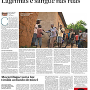 "Tearsheet of ""Burundi: Lagrimas e Sangue nas ruas"" published in Expresso"