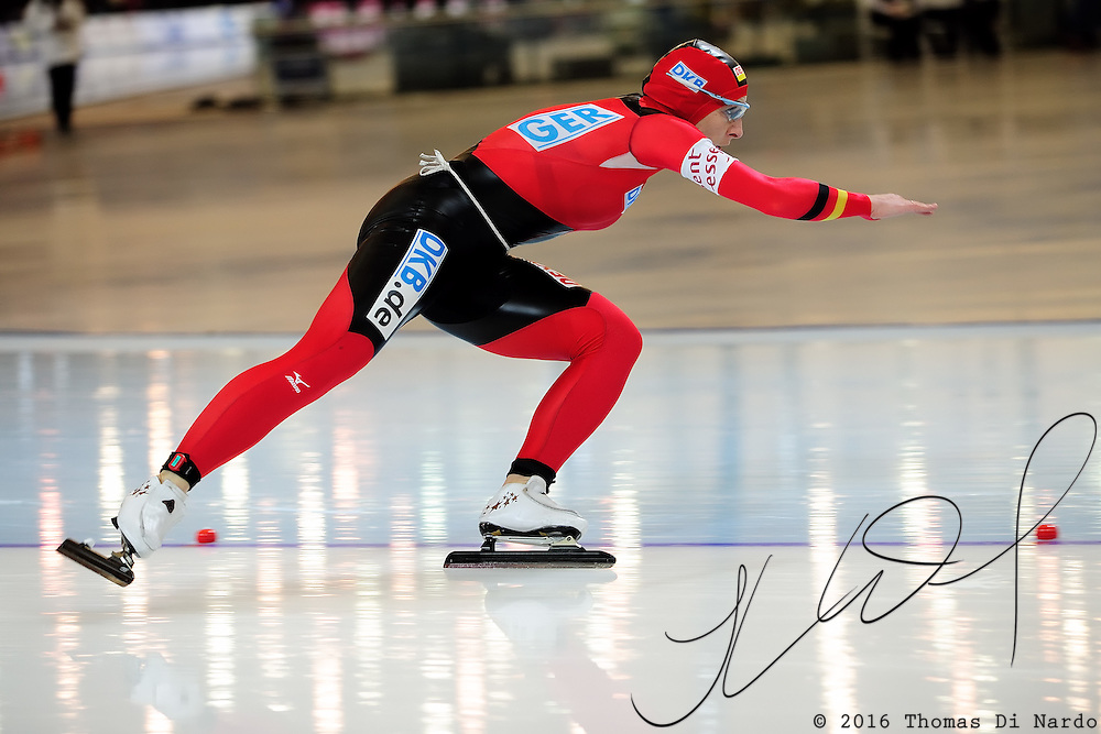 Anni Friesinger (GER) competes in the ladies 1000m event at the 2009 Essent ISU World Single Distances Speed Skating Championships.