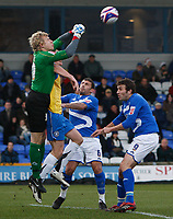 Photo: Steve Bond/Sportsbeat Images.<br />Macclesfield Town v Hereford United. Coca Cola League 2. 26/12/2007. Keeper Jonathon Brain gets a punch in above attacker Dean Beckwith