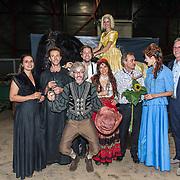 NLD/Leeuwarden/20180908 - Koning Willem Alexander en Beatrix aanwezig bij premiere de Stormruiter, Cast van de Stormruiter waaronder Ellen ten Damme en Jelle de Jong