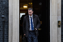 © Licensed to London News Pictures. 14/11/2017. London, UK. Secretary of State for Work and Pensions David Gauke leaves 10 Downing Street after the weekly Cabinet meeting. Photo credit: Rob Pinney/LNP
