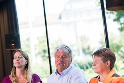 """06.07.2017, Karlsplatz, Wien, AUT, Präsentation der Bewegung """"Weil's um was geht"""", im Bild v.l.n.r. Unternehmerin Maria Baumgartner, Unternehmer Hans Peter Haselsteiner und ÖBB Aufsichtsratvorsitzende Brigitte Ederer // during presention of an citizens' movement due to the austrian general elections in Vienna, Austria on 2017/07/06, EXPA Pictures © 2017, PhotoCredit: EXPA/ Michael Gruber"""