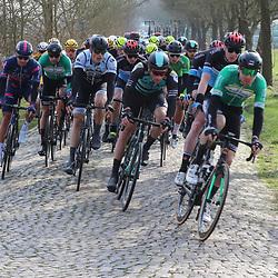 07-03-2020: Wielrennen: Ronde van Groningen: Usquert<br />Kasseien Zuidwolde