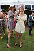 Olivia and Alexia Inge, The Veuve Clicquot Gold Cup 2007. Cowdray Park, Midhurst. 22 July 2007.  -DO NOT ARCHIVE-© Copyright Photograph by Dafydd Jones. 248 Clapham Rd. London SW9 0PZ. Tel 0207 820 0771. www.dafjones.com.