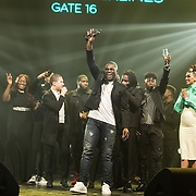 NLD/Amsterdam/201702013- Edison Pop Awards 2017, Rotterdam Airlines met hun prijs in de categorie Hiphop