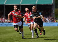 Rugby Union - 2018 / 2019 Gallagher Premiership - Play-Off Semi-Final: Saracens vs. Gloucester<br /> <br /> Saracens' Nick Tompkins scores the first try of his hat trick, at Allianz Park.<br /> <br /> COLORSPORT/ASHLEY WESTERN