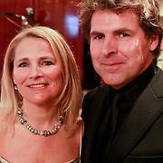 NLD/Noordwijk/20110326 - Inloop Spieren voor Spieren Gala 2011, Toine van Peperstraten en zus