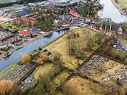 Nederland, Noord-Holland, Gemeente Ouder-Amstel, 20-02-2012; water van de Bullewijk en Beth Haim, Portugees-Israelitische begraafplaats. Rechtsboven de Amstel. .Ouderkerk aan de Amstel,  Beth Haim, Portuguese-Israelite cemetery . The river Amstel (top)..luchtfoto (toeslag), aerial photo (additional fee required);.copyright foto/photo Siebe Swart.