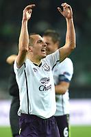 Fotball<br /> Tyskland<br /> 27.11.2014<br /> Foto: Witters/Digitalsport<br /> NORWAY ONLY<br /> <br /> Schlussjubel Leon Osman (Everton)<br /> Fussball, Europa League, Gruppenphase, VfL Wolfsburg - FC Everton 0:2