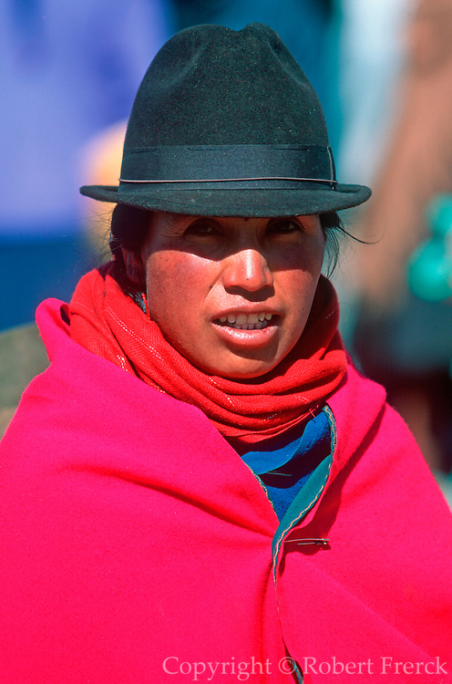 ECUADOR, MARKETS, CRAFTS Saquisili market woman portrait