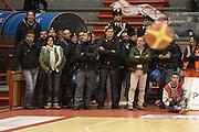 DESCRIZIONE : Pistoia Lega serie A 2013/14 Giorgio Tesi Group Pistoia Victoria Libertas Pesaro<br /> GIOCATORE : polizia carabinieri<br /> CATEGORIA : <br /> SQUADRA : Giorgio Tesi Group Pistoia<br /> EVENTO : Campionato Lega Serie A 2013-2014<br /> GARA : Giorgio Tesi Group Pistoia Victoria Libertas Pesaro<br /> DATA : 24/11/2013<br /> SPORT : Pallacanestro<br /> AUTORE : Agenzia Ciamillo-Castoria/GiulioCiamillo<br /> Galleria : Lega Seria A 2013-2014<br /> Fotonotizia : Pistoia Lega serie A 2013/14 Giorgio Tesi Group Pistoia Victoria Libertas Pesaro<br /> Predefinita :