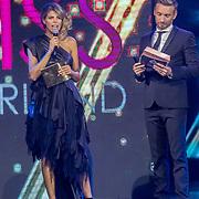 NLD/Hilversum/20171009 - Finale Miss Nederland 2017, Kim Kotter en Koos van Plateringen