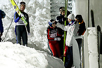 Hopp<br /> Holmenkollen , 03.03.10<br /> Åpning av det nye skihoppanlegget i Holmenkollen<br /> <br /> Anette Sagen får en gratulasjonsklem av sportssjef Clas Brede Bråthen<br /> Foto: Eirik Førde