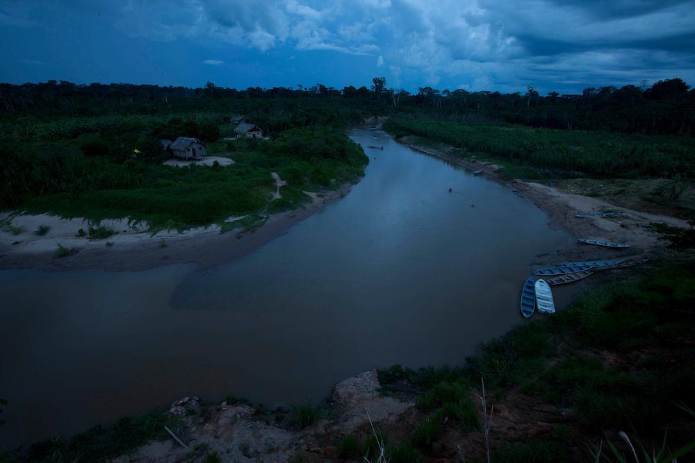 Tarauaca_AC, Brasil.<br /> <br /> Fotos do X Festival Yawanawa na terra indegena da aldeia Nova Esperanca em Tarauaca, Acre. Na foto Rio Gregorio.<br /> <br /> X Yawanawa Festival in Brazil. The festival takes place in the Brazilian Amazon rainforest, in the state of Acre. In this photo Gregorio river.<br /> <br /> Foto: MARCUS DESIMONI / NITRO