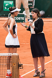 Marion Bartoli Interview Garbine Mugura. Garbine Mugura VS Yulia Putintseva, Garbine Mugura Win during French Tennis Open at Roland-Garros arena on June 02, 2017 in Paris, France. Photo by Nasser Berzane/ABACAPRESS.COM