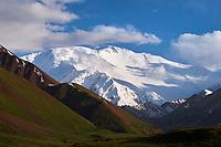 Kirghizistan, province de Osh, vallée d'Alaï, Pic Lénine, 7134 m d'altitude// Kyrgyzstan, Osh province, Alaï valley, Lenine pic at altitude of 7134 m