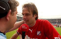 01-06-2003 NED: Amstelcup finale FC Utrecht - Feyenoord, Rotterdam<br /> FC Utrecht pakt de beker door Feyenoord met 4-1 te verslaan / Igor Gluscevic, Rene van de Berg media rtv