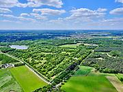 Nederland, Noord-Brabant, Tilburg-Noord; 14–05-2020; recreatiegebied Noorderbos, aangelegd op voormalige vloeivelden (gebruikt voor waterzuivering). Foto richting Noord-Tilburg met Noorderplas.<br /> Noorderbos recreation area, built on former flow fields (used for water purification).<br /> <br /> luchtfoto (toeslag op standaard tarieven);<br /> aerial photo (additional fee required)<br /> copyright © 2020 foto/photo Siebe Swart