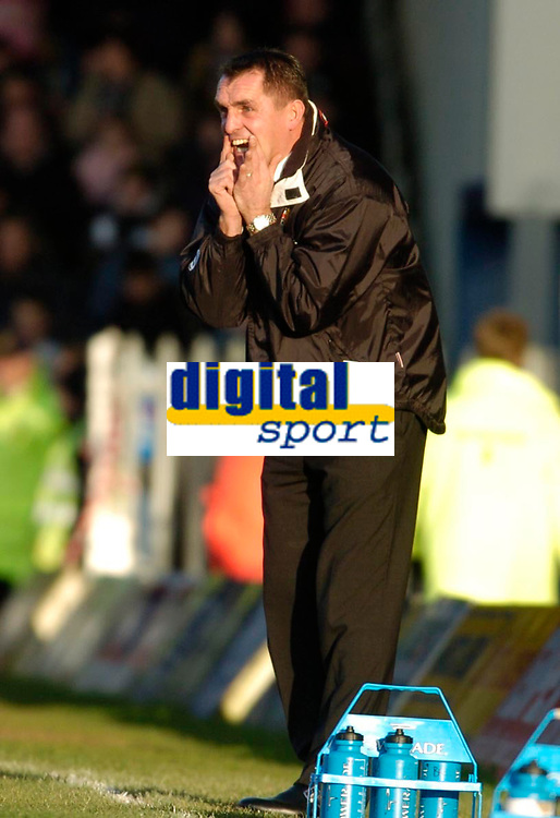 Photo: Leigh Quinnell.<br /> Milton Keynes Dons v Barnet. Coca Cola League 2. 20/01/2007. MK Dons boss Martin Allen shouts to his players.