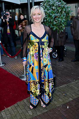 NLD/Zaandam/20081207 - Premiere Op Hoop van Zegen, Lone van Roozendaal