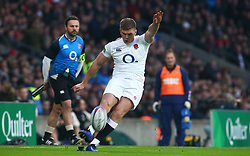 November 24, 2018 - London, England, United Kingdom - London, UK, 24 November, 2018.Owen Farrell of England .during Quilter International between England  and Australia at Twickenham stadium , London, England on 24 Nov 2018. (Credit Image: © Action Foto Sport/NurPhoto via ZUMA Press)