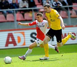 16-05-2010 VOETBAL: FC UTRECHT - RODA JC: UTRECHT<br /> FC Utrecht verslaat Roda in de finale van de Play-offs met 4-1 en gaat Europa in / Dries Mertens en Arnold Kruiswijk<br /> ©2010-WWW.FOTOHOOGENDOORN.NL