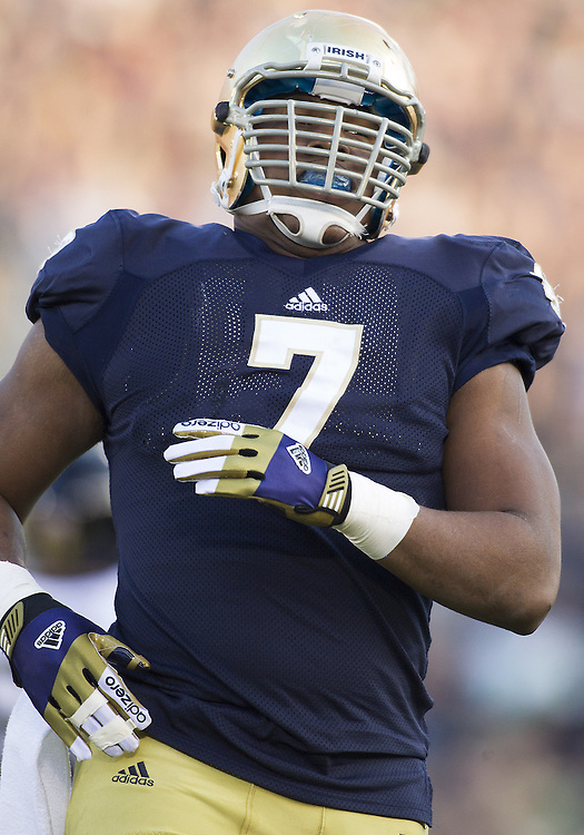 November 17, 2012:  Notre Dame defensive end Stephon Tuitt (7) during NCAA Football game action between the Notre Dame Fighting Irish and the Wake Forest Demon Deacons at Notre Dame Stadium in South Bend, Indiana.  Notre Dame defeated Wake Forest 38-0.
