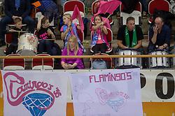 20-02-2016 NED: Coolen Alterno - Eurosped TVT, Almere<br /> Eurosped wint met 3-2 van Alterno en speelt morgen de finale / Flamingo publiek support