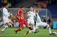 Fotball<br /> VM 2010<br /> USA v Ghana<br /> 26.06.2010<br /> Foto: Witters/Digitalsport<br /> NORWAY ONLY<br /> <br /> Tor 0:1 v.l. Ricardo Clark, Torschuetze Kevin-Prince Boateng, Jay DeMerit (USA)<br /> Fussball WM 2010 in Suedafrika, Achtelfinale, USA - Ghana