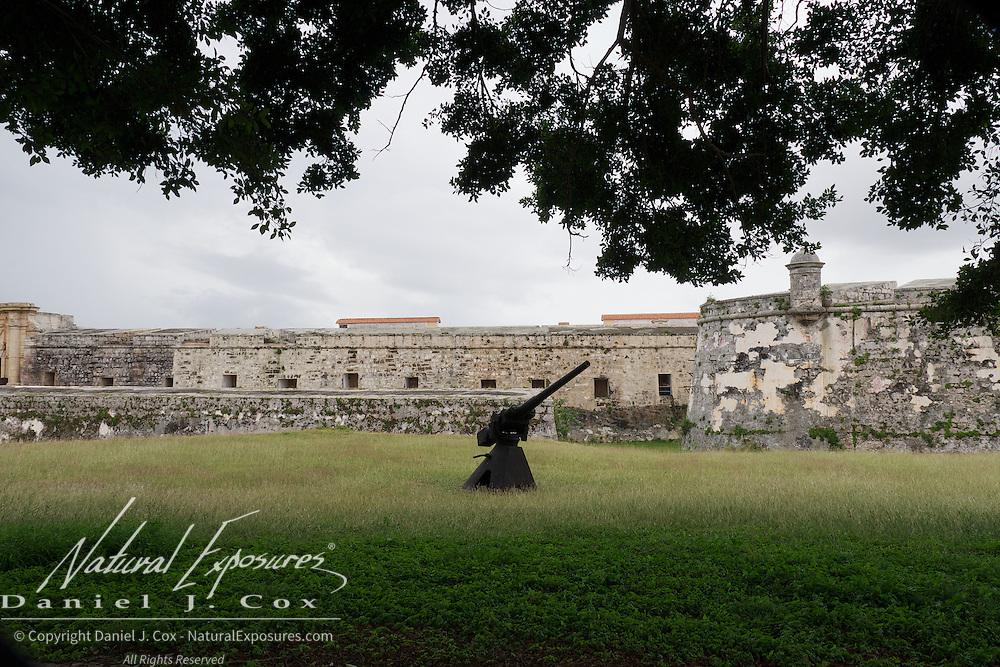 Modern day machine gun on a turret at LaCabana Fort near Havana, Cuba.