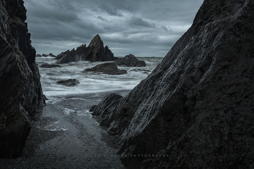 Took our two little boys for a picnic on the beach here in this cove in Ilfracombe yesterday afternoon, the weather wasnt perfect for it to be honest, but they never seem to let a bit of driving rain and wind put them off, which is handy as it makes for great photography weather