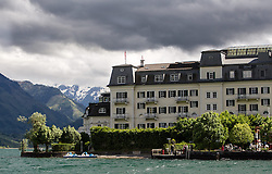 THEMENBILD, ARABISCHE TOURISTEN IN ZELL AM SEE - KAPRUN, im Bild das Grandhotel am Zeller See. Jedes Jahr besuchen mehrere Tausend Gäste aus dem arabischen Raum die Urlaubsregion im Salzburger Pinzgau. Um Missverständnisse zu vermeiden und die Gäste auf den Aufenthalt vorzubereiten, erhalten die Touristen einen Knigge-ähnlichen Kulturführer, aufgenommen am 30.05.2014 in Zell am See, Österreich // ILLUSTRATION, ARAB TOURISTS IN ZELL AM SEE - KAPRUN, pictured: the Grand Hotel at the Zeller See. Every year thousands of guests from Arab countries takes their holiday in Zell am See - Kaprun Region. To avoid misunderstandings and to prepare the guests for their holidays, the tourists get a similar etiquette culture guide, Zell am See, Austria on 2014/05/30. EXPA Pictures © 2014, PhotoCredit: EXPA/ JFK