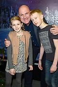 RTL The Christmas Show 2017 in het Ziggo Dome, Amsterdam.<br /> <br /> Op de foto:  Andre Kuipers met zijn zoon Stein en dochter Sterre