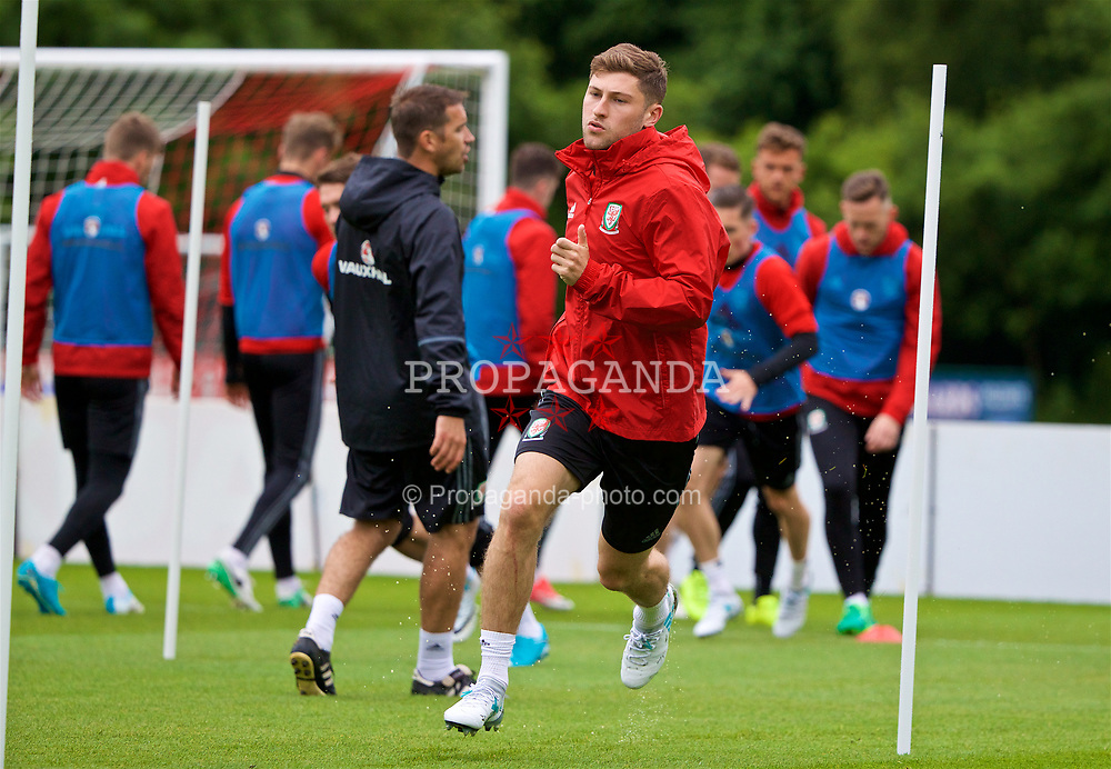 CARDIFF, WALES - Thursday, June 8, 2017: Wales' Ben Davies during a training session at the Vale Resort ahead of the 2018 FIFA World Cup Qualifying Group D match against Serbia. (Pic by David Rawcliffe/Propaganda)