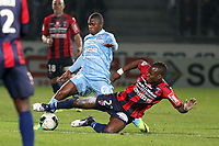 FOOTBALL - FRENCH CHAMPIONSHIP 2011/2012 - CLERMONT FA v STADE DE REIMS  - 28/11/2011 - PHOTO EDDY LEMAISTRE / DPPI - YACOUBA SYLLA  (CLERMONT) AND FLOYD AYITE (REIMS)