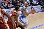 DESCRIZIONE : Campionato 2015/16 Serie A Beko Dinamo Banco di Sardegna Sassari - Umana Reyer Venezia<br /> GIOCATORE : David Logan<br /> CATEGORIA : Penetrazione<br /> SQUADRA : Dinamo Banco di Sardegna Sassari<br /> EVENTO : LegaBasket Serie A Beko 2015/2016<br /> GARA : Dinamo Banco di Sardegna Sassari - Umana Reyer Venezia<br /> DATA : 01/11/2015<br /> SPORT : Pallacanestro <br /> AUTORE : Agenzia Ciamillo-Castoria/L.Canu