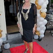 NLD/Amsterdam/20120706 - Verjaardagsfeest Gordon, Sheila de Vries