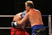 "Boxen: GBC-Fightnight, Hamburg, 31.10.2015<br /> Mike ""Milliarden Mike"" Peter Wappler - Martin Stenski<br /> © Torsten Helmke"