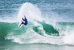 Jul 15, 2017 - Jeffreys Bay, South Africa - World Champion Kelly Slater advances directly to round three after winning Round One, Heat 8 at the Corona Open J-Bay. (Credit Image: © Pierre Tostee/World Surf League via ZUMA Wire)