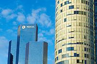 France, Hauts-de-Seine (92), La Défense, la tour Total // France, Hauts de Seine, La Defense, View of La Defense, the main business district of Paris, Total tower
