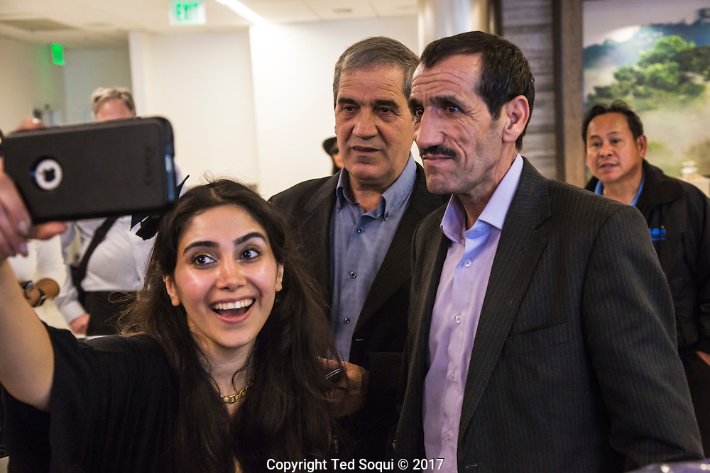 Ali Vayeghan, an Iranian man with a valid travel visa who was forced out of the country at LAX under President Donald Trump's immigration<br /> order but was allowed by a judge to return, has just arrived back in Los Angeles. He was greeted at LAX by family and friends, and Mayor Eric Garcetti.
