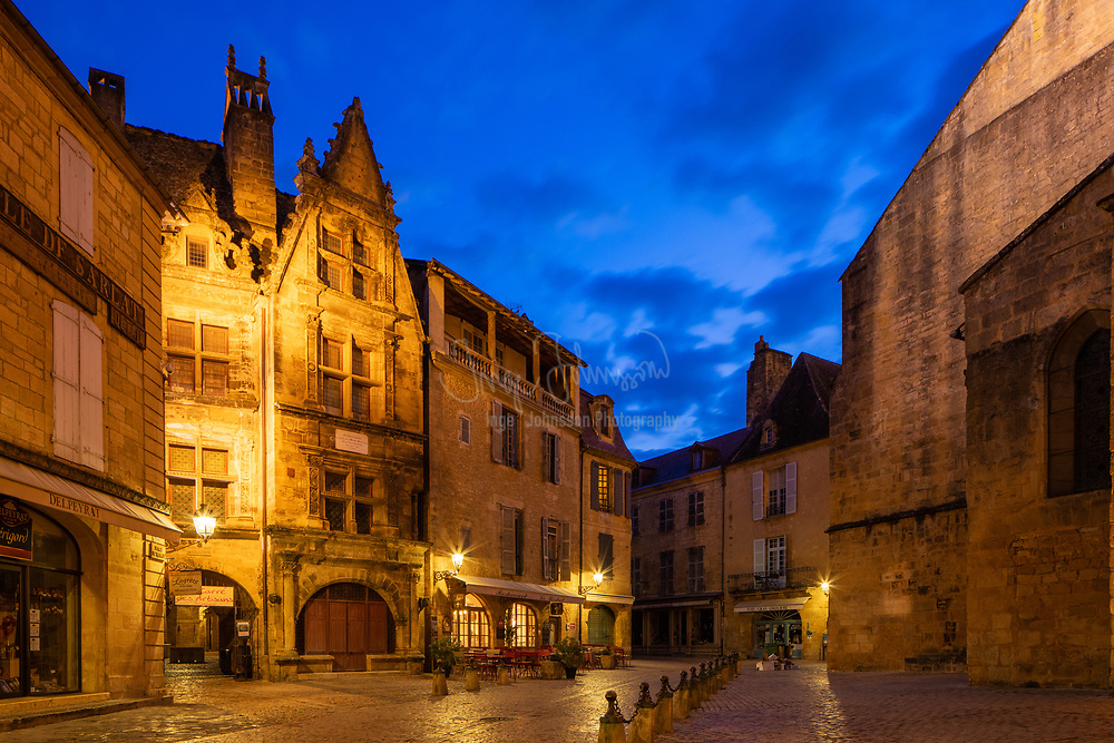 Sarlat-la-Canéda, or simply Sarlat, is a commune in the Dordogne department in Nouvelle-Aquitaine in southwestern France. The town of Sarlat is in a region known in France as the Périgord Noir (the Black Périgord, as opposed to the Green Périgord, the White Périgord, and the Purple Périgord).<br /> <br /> Sarlat is a medieval town that developed around a large Benedictine abbey of Carolingian origin. The medieval Sarlat Cathedral is dedicated to Saint Sacerdos.<br /> <br /> Because modern history has largely passed it by, Sarlat has remained preserved and one of the towns most representative of 14th century France. It owes its current status on France's Tentative List for future nomination as a UNESCO World Heritage site to the enthusiasm of writer, resistance fighter and politician André Malraux, who, as Minister of Culture (1960–1969), restored the town and many other sites of historic significance throughout France. The centre of the old town consists of impeccably restored stone buildings and is largely car-free.