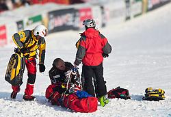 22.01.2009, Streif, Kitzbühel, AUT, FIS Alpine Ski World Cup, Men, 3. Training, Daniel Albrech Sturz, im Bild der schweizer Daniel Albrecht stürzt im 3. Training nach dem Zielsprung schwer, er wird an Ort und Stelle medizinisch Erstversorgt und anschliessend in die Klinik nach Innsbruck geflogen. // swiss Skiracer Daniel Albrecht crashes at the third training on the Streif in Kitzbuhel, Autria on 22/1/2009. EXPA Pictures © 2009, PhotoCredit: EXPA/ J. Groder