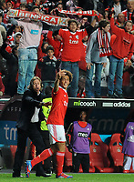 20120331: LISBON, PORTUGAL – Portuguese Liga Zon Sagres 2011/2012 - SL Benfica vs CS Braga.<br />In picture: Benfica's midfielder Axel Witsel, from Belgium, right, and Benfica's coach Jorge Jesus.<br />PHOTO: Alvaro Isidoro/CITYFILES