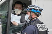 Police controls Coronovirus Paris