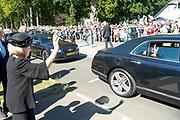 Prinses Beatrix is  aanwezig bij de Airborne Luchtlandingen en Herdenking in het kader van 75 jaar Vrijheid op de  Ginkelse Heide . Zijne Koninklijke Hoogheid Charles, The Prince of Wales woont de herdenking ook bij.<br /> <br /> Princess Beatrix is present at the Airborne Airborne and Commemoration in the context of 75 years of Freedom on the Ginkelse Heide. His Royal Highness Charles, The Prince of Wales also attends the memorial.
